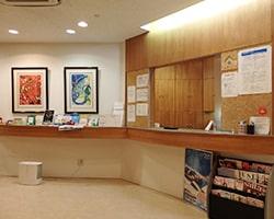 女性専門育毛クリニックの待合室